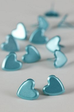 LARGE PLAIN HEART LIGHT BLUE
